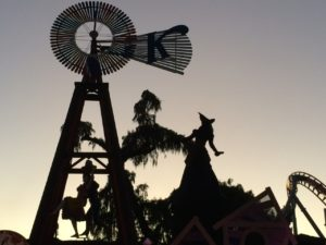 Witch_knotts_scary_farm_photo_yvonne_condes