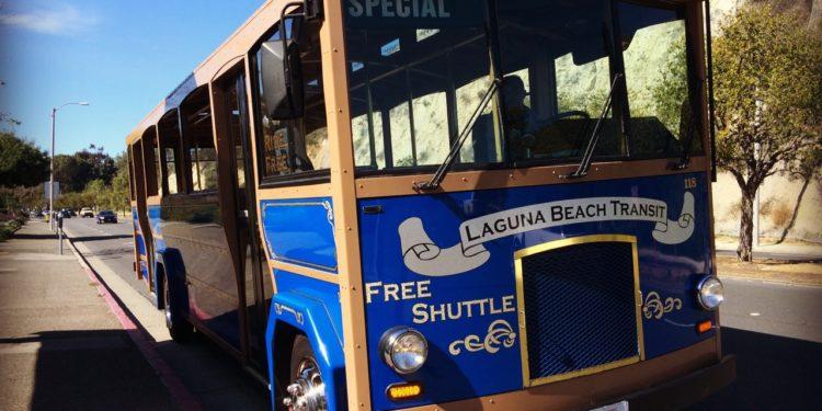 Laguna_Beach_free_trolley