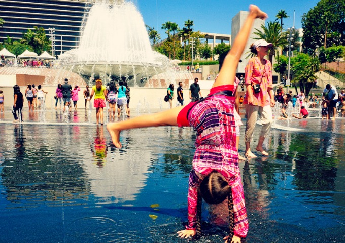 The best splash pads in los angeles momsla for Best parking near lax