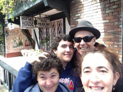 Family photo at Hofsas House Carmel