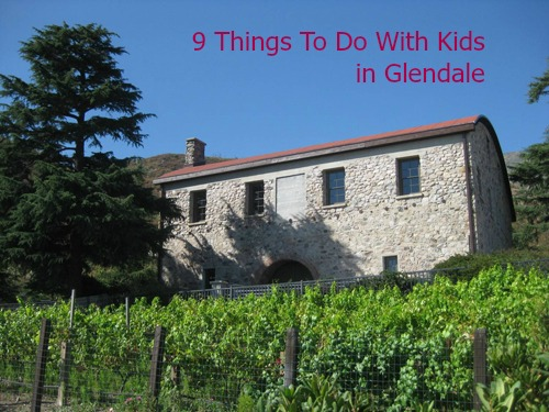 Glendale has something for everyone. Shopping, hiking, theatre, robots and more! Here is a list of nine family-friendly things to do in Glendale.