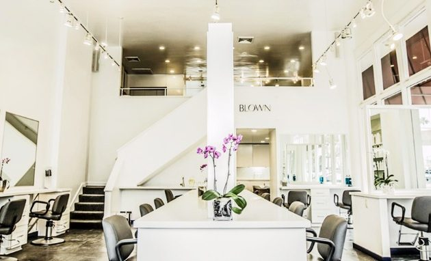 Best Blow Out Dry Bars in Los Angeles - MomsLA