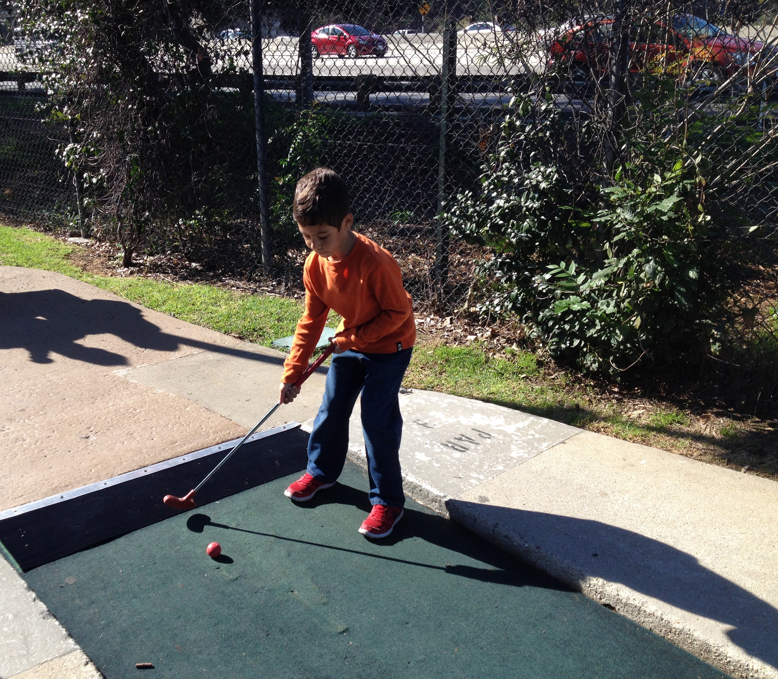 Ryan mini golf (photo by Wendy Kennar)