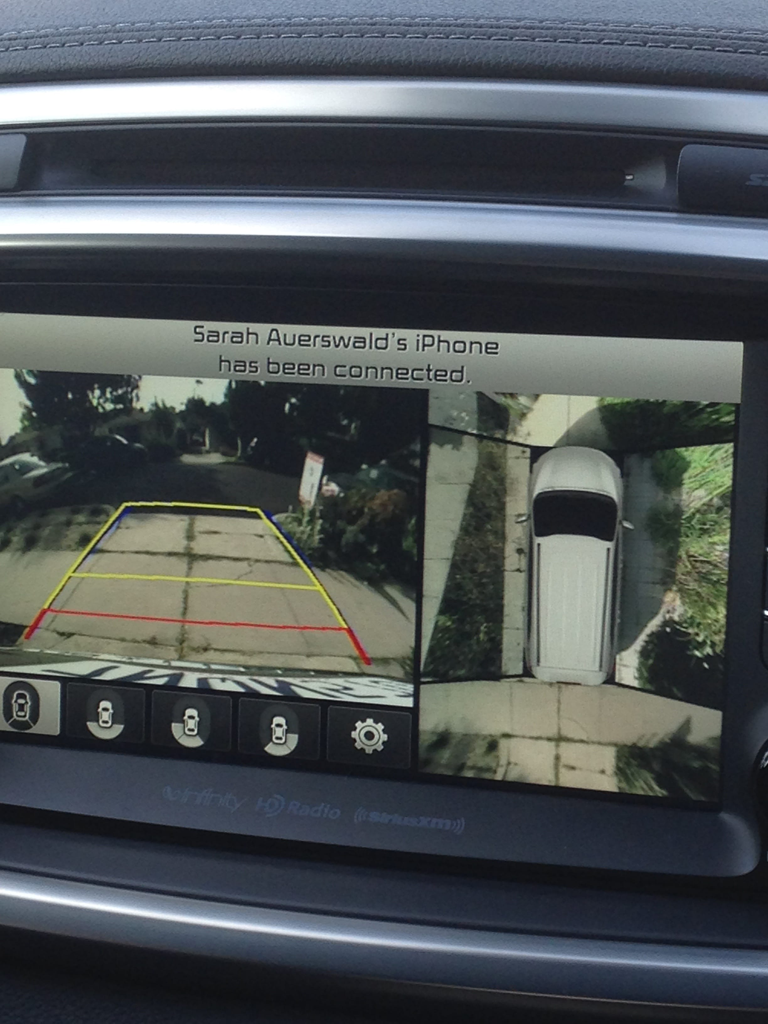rear and side view camera angles from the 2016 Kia Sorento