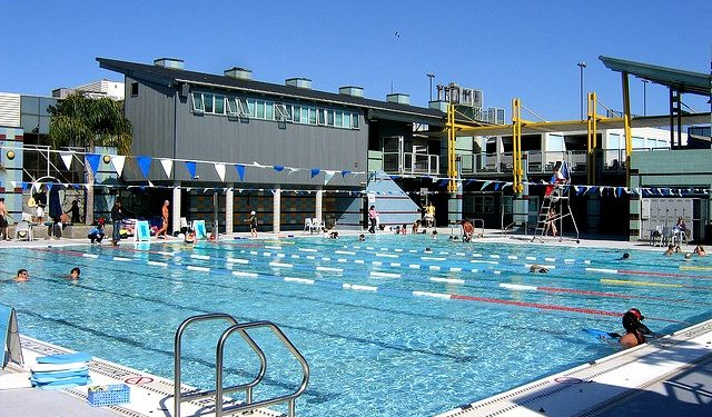 12 best public pools in and around los angeles momsla - Best hotel swimming pools in los angeles ...