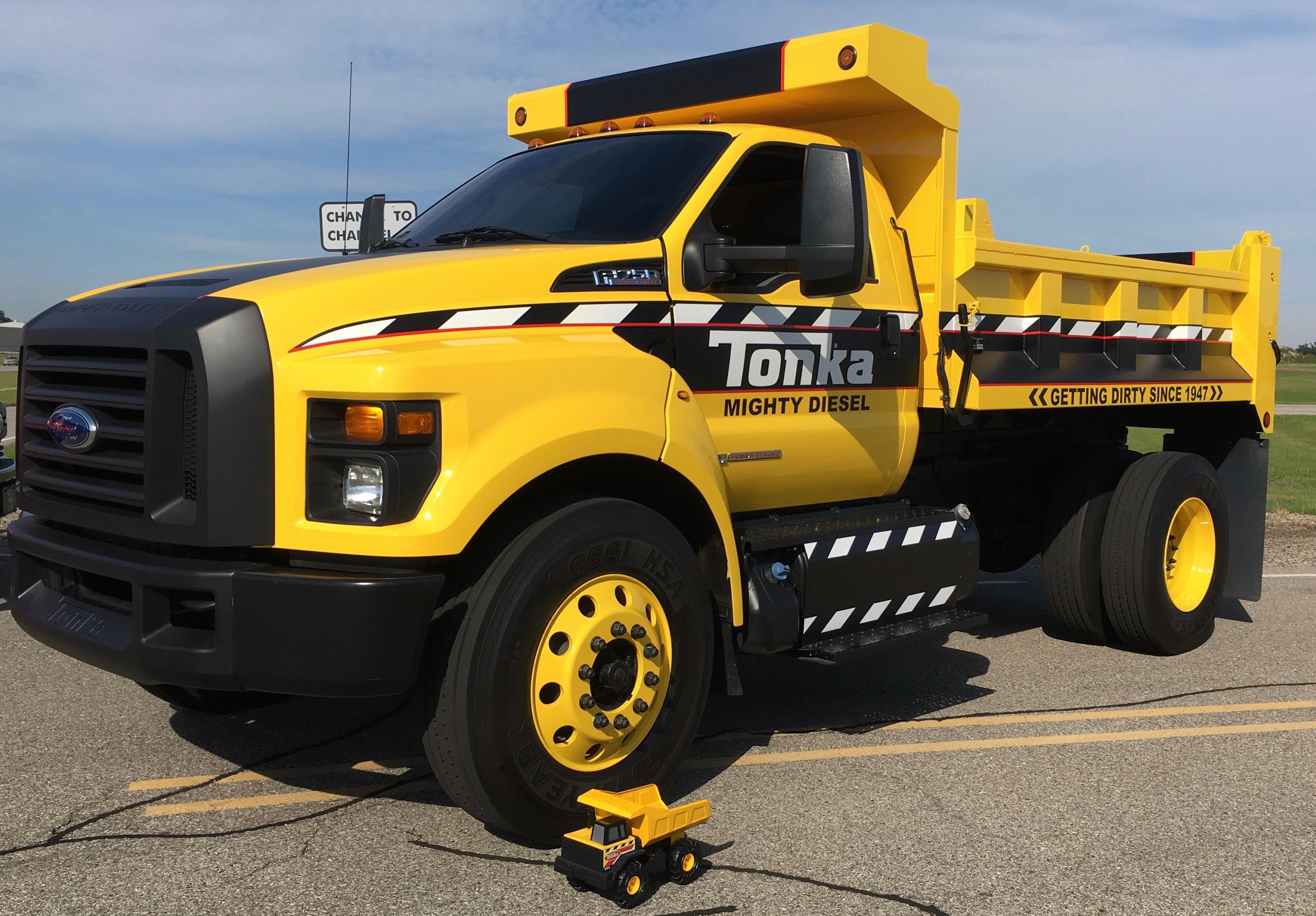 tonka-truck-big-and-small