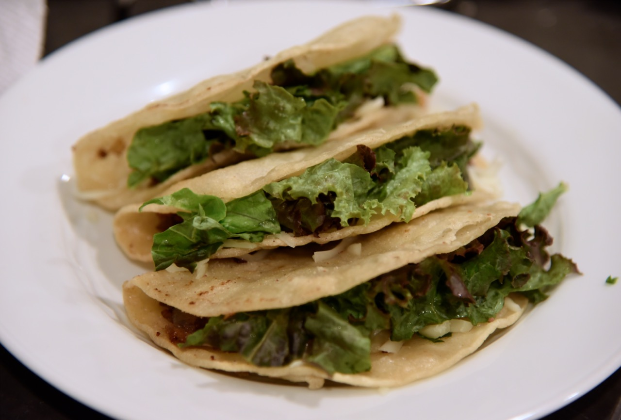 picadillo-tacos-with-cheese-and-lettuce
