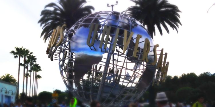 universal studios hollywood globe