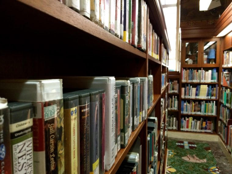 Visiting one of the great public libraries is one of the educational (and fun!) things to do in Los Angeles with kids