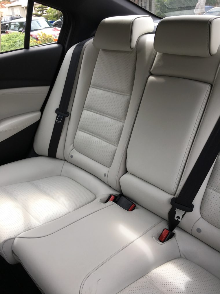 interior back seat Mazda 6