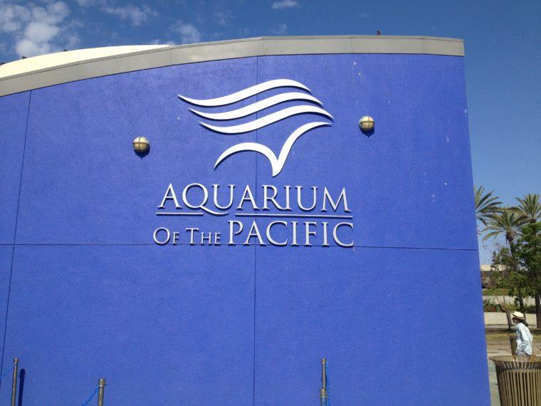 Aquarium of the Pacific sign