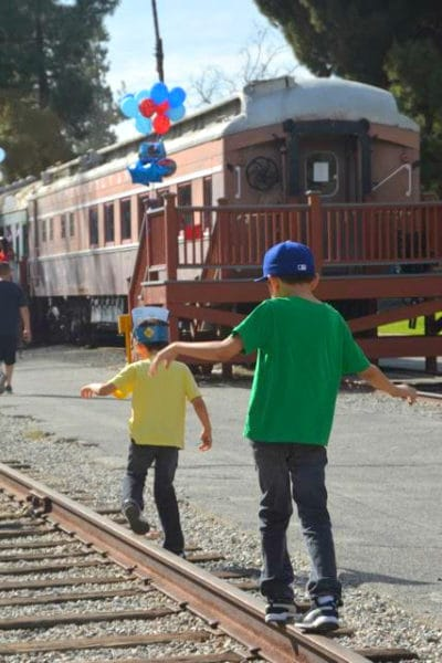 Guide to Travel Town Museum in Griffith Park. #trains #griffithpark #losangeles #familytravel
