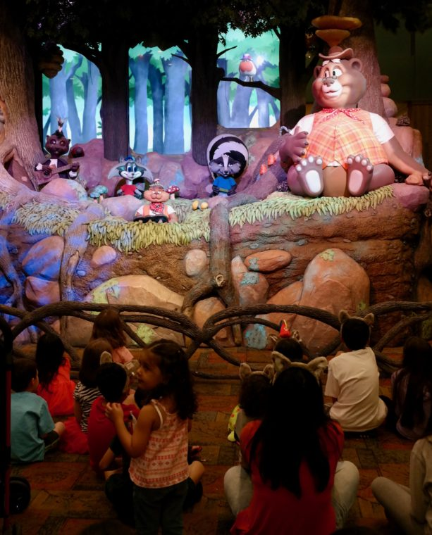 Animatronics characters at Great Wolf Lodge