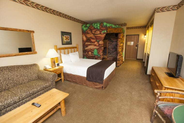 wolf den suite at Great Wolf Lodge