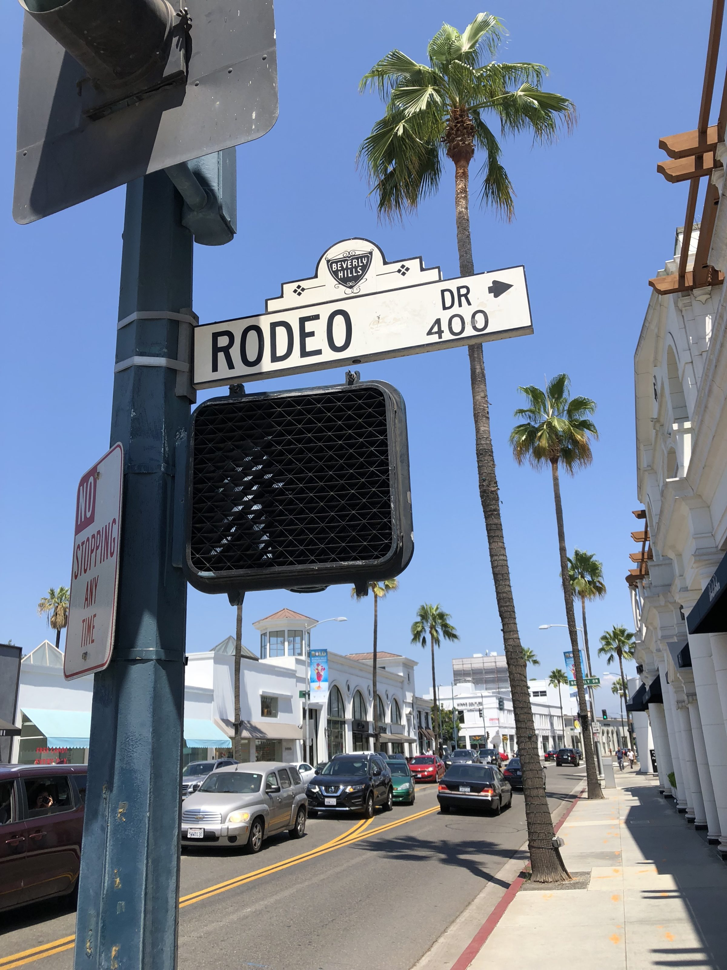 Strolling down Rodeo Drive is one of the fun, free things to do in Los Angeles.