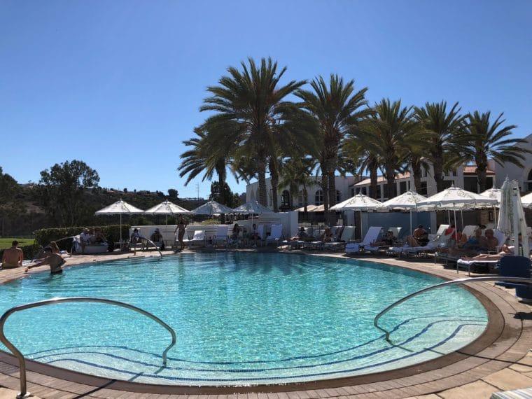adults-only-pool-omni la costa
