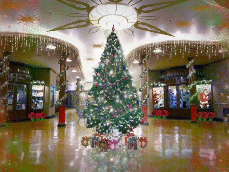 The Queen Mary Christmas is one of the fun things to do in Southern California to celebrate the holidays. #losangeles #holidays #familytravel #christmastree