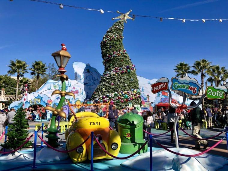 Universal Studios Christmas.Universal Studios Holidays Momsla