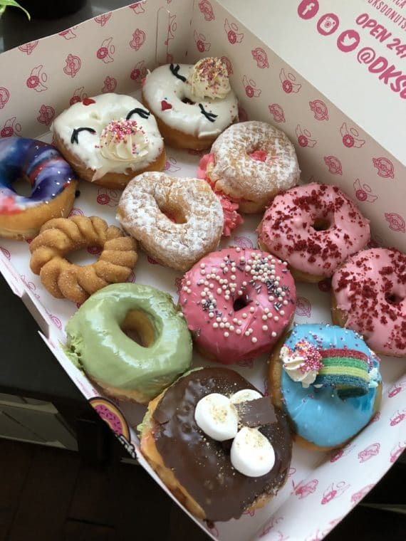 DK's Donuts are some of the best doughnuts in Los Angeles. From strawberry cream-filled to rainbow to green tea - you'll find so many delicious treats. #losangeles #doughnuts #donuts
