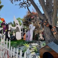 Halloween-Inflatables at Holiday house in Mar Vista