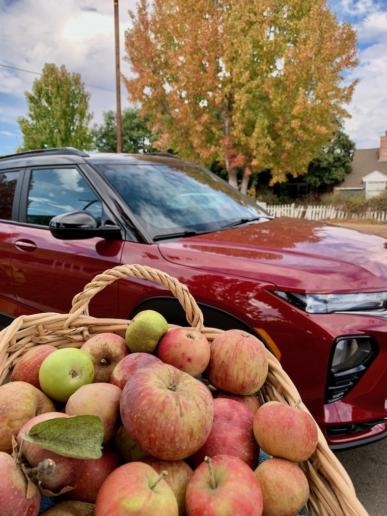 Chevy Trailblazer and a basket of apples