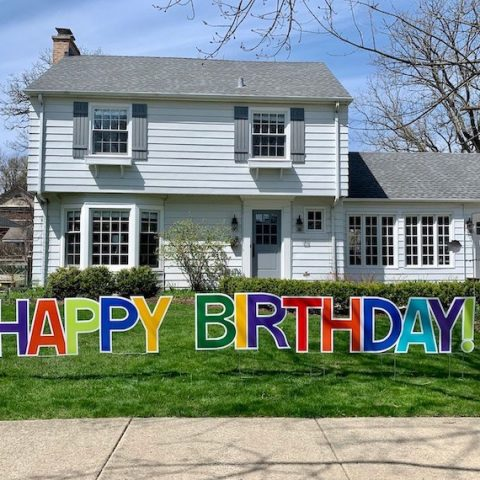 birthday yard sign from MyKidlist.com