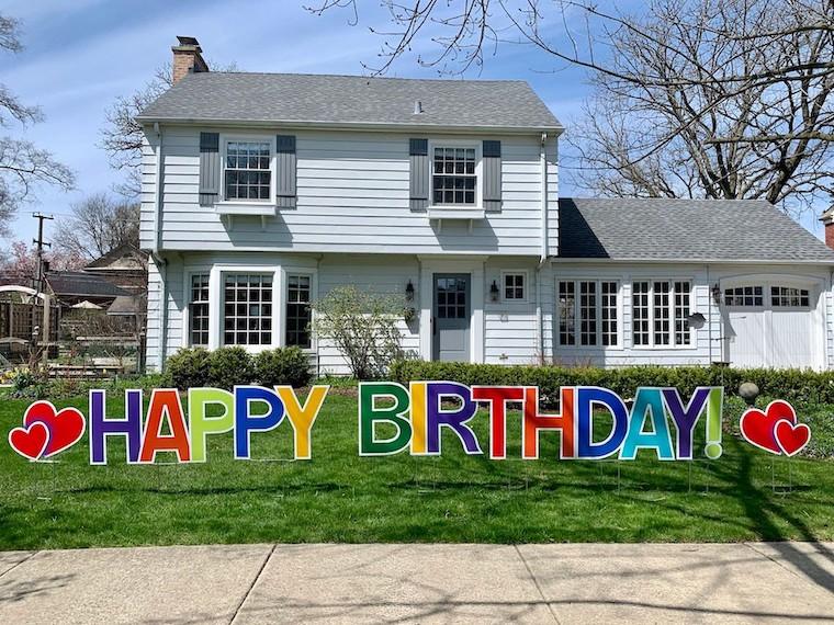Birthday yard sign courtesy of Kidlist.com