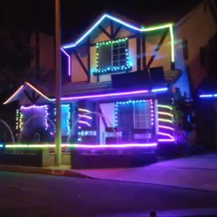 downey lights in paramount