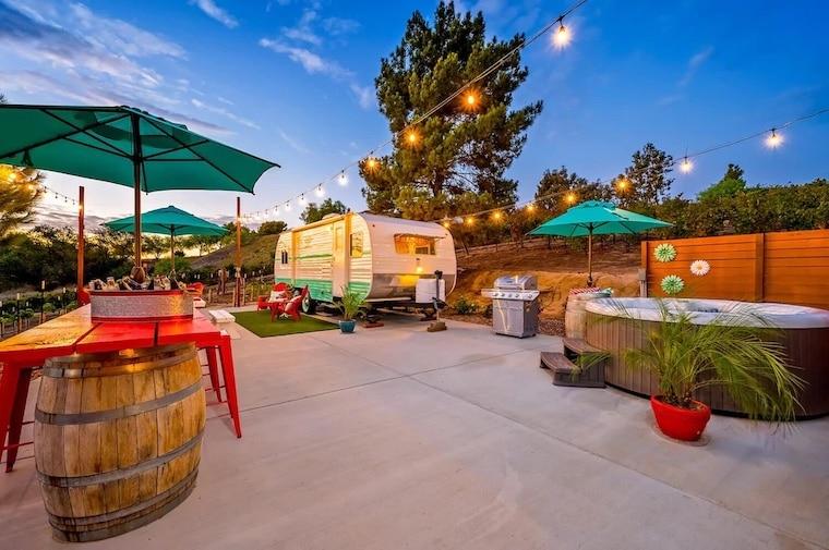 vintage n vines trailer stay in temecula