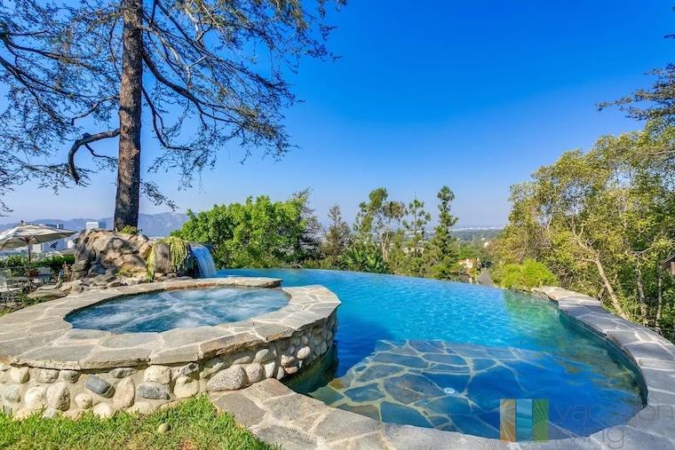 vrbo stunning pool in Glendale Hills