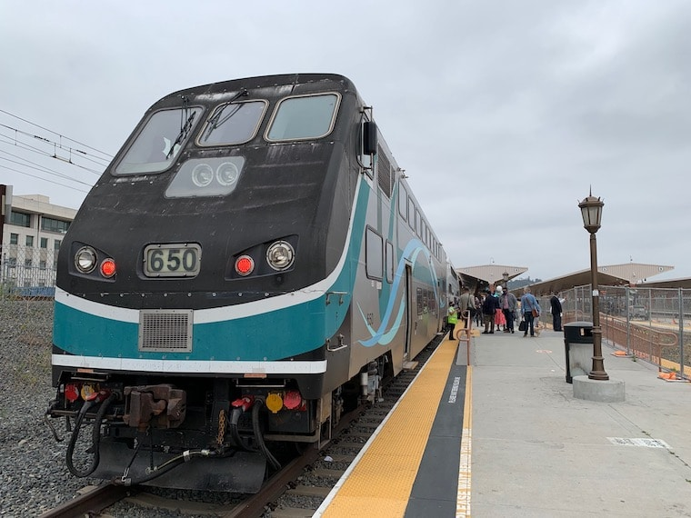 The Metrolink Ventura Line Train stopped at Union Station in Downtown Los Angeles