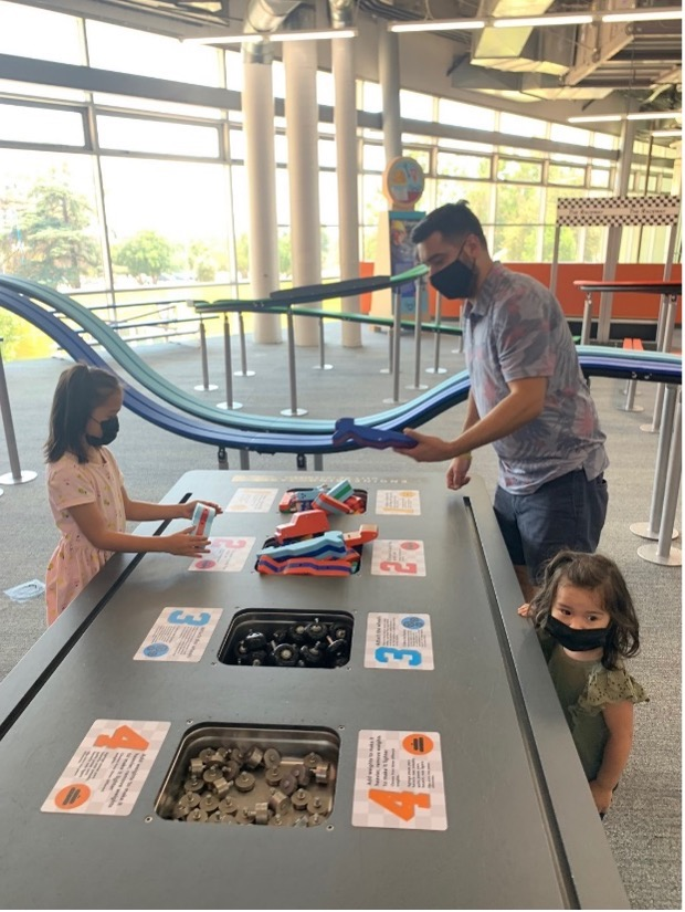 Family playing at Discovery Cube Los Angeles